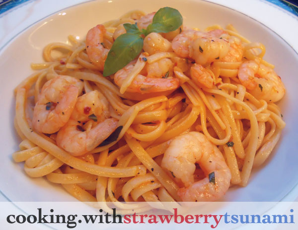 Spicy Garlic Shrimp Linguine with Thai Basil | Cooking with Strawberry ...